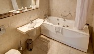 Bathroom_Junior_Suite